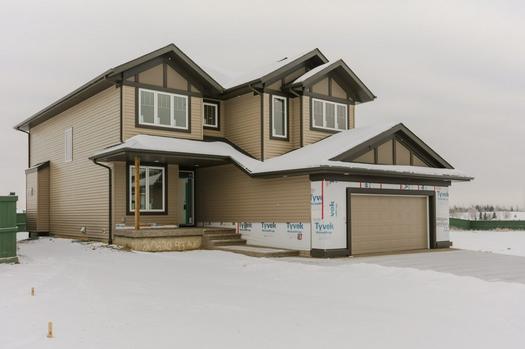 20620 93 AVE, 4 bed, 2.2 bath, at $719,900