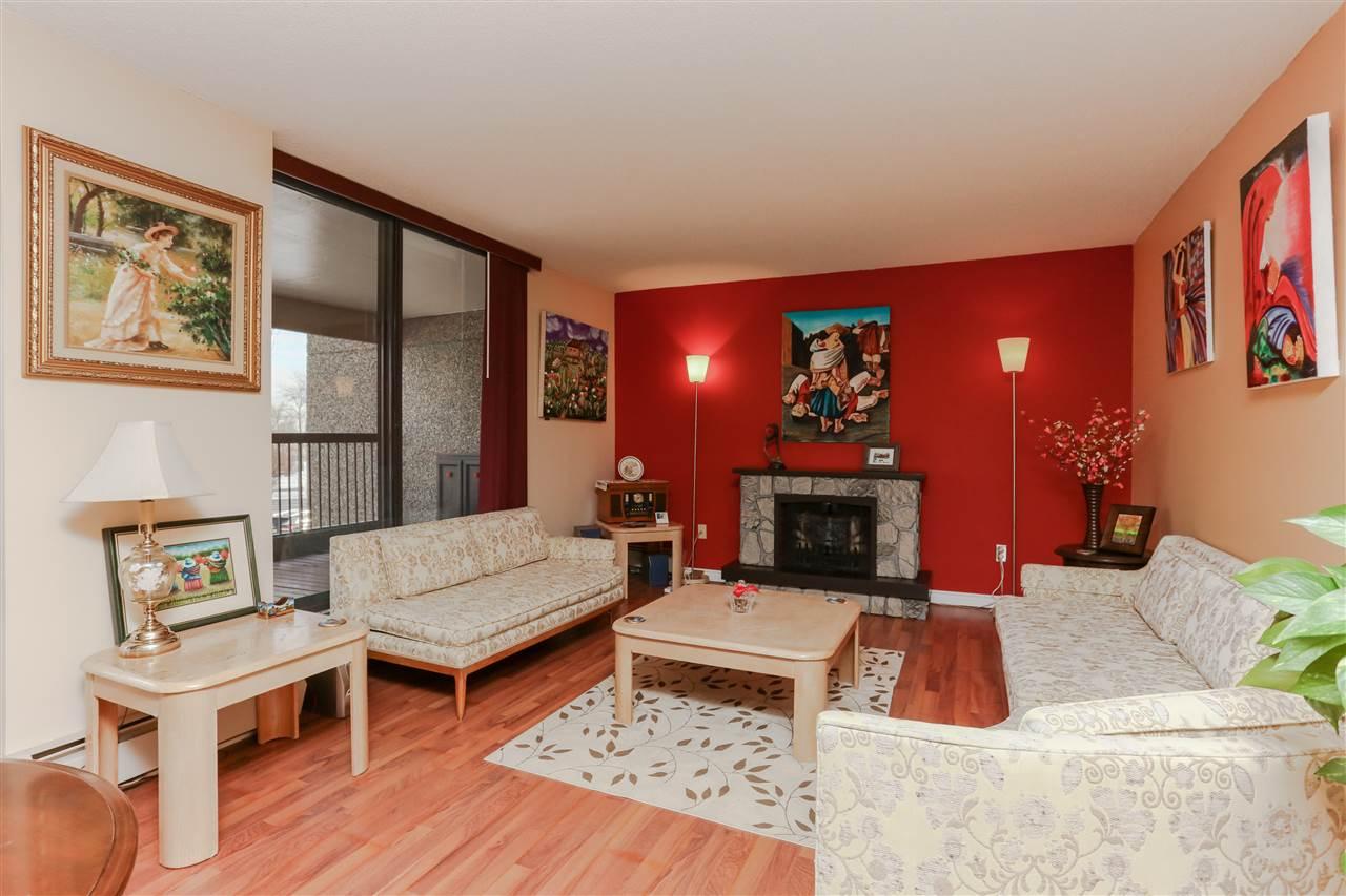 102 (2nd floor) 8220 JASPER Avenue, 2 bed, 1.1 bath, at $235,000