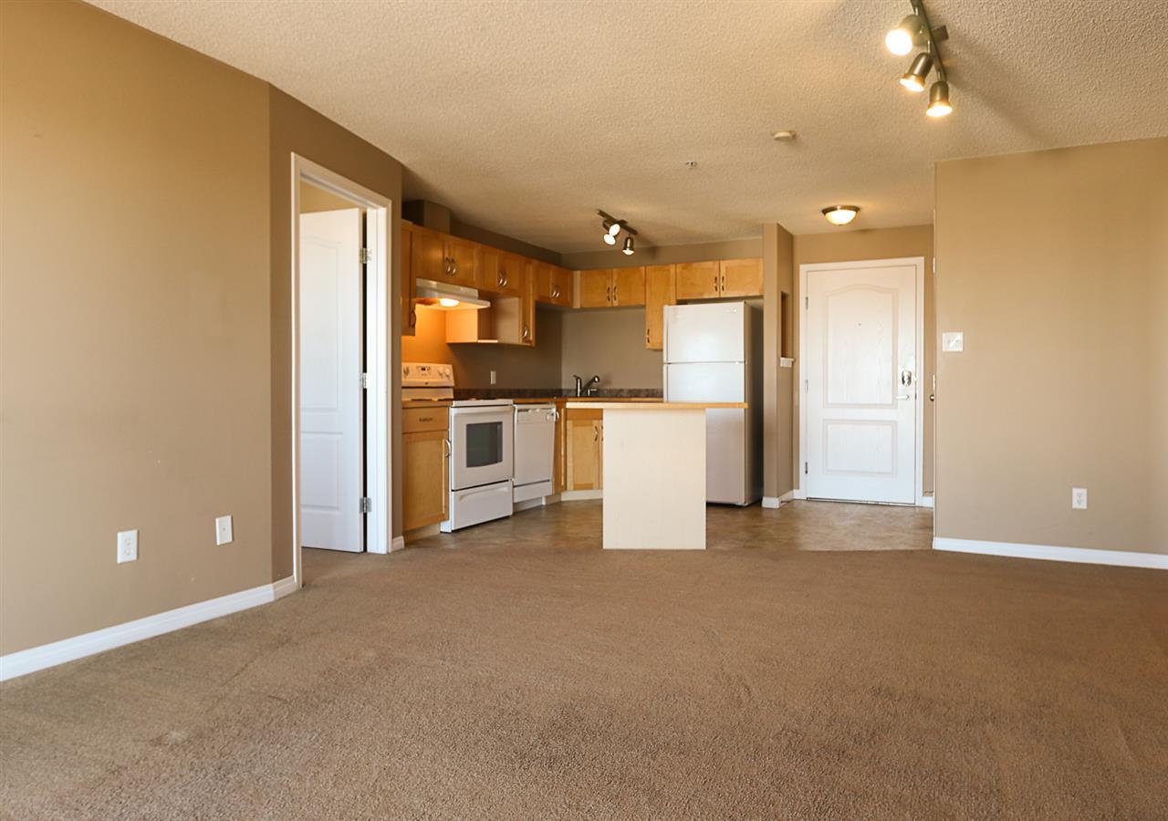 318 3425 19 Street NW, 2 bed, 2 bath, at $174,900