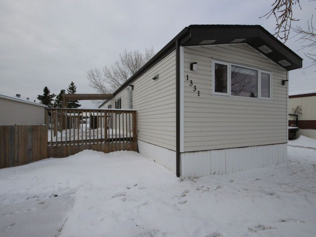 1331 Lakewood Crescent, 2 bed, 2 bath, at $88,500