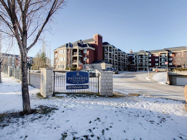 228 300 Palisades Way, 2 bed, 2 bath, at $307,800
