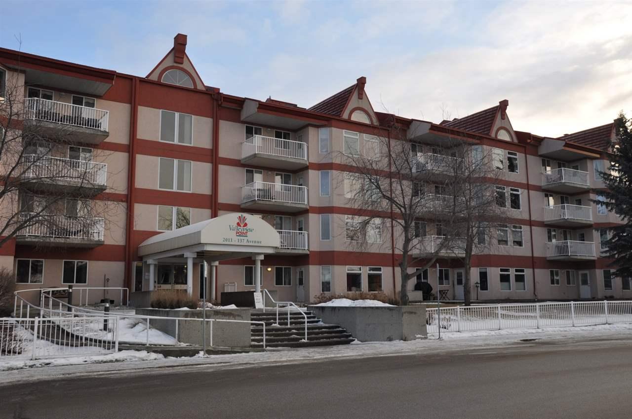 116 2011 137 Avenue, 2 bed, 1 bath, at $200,000