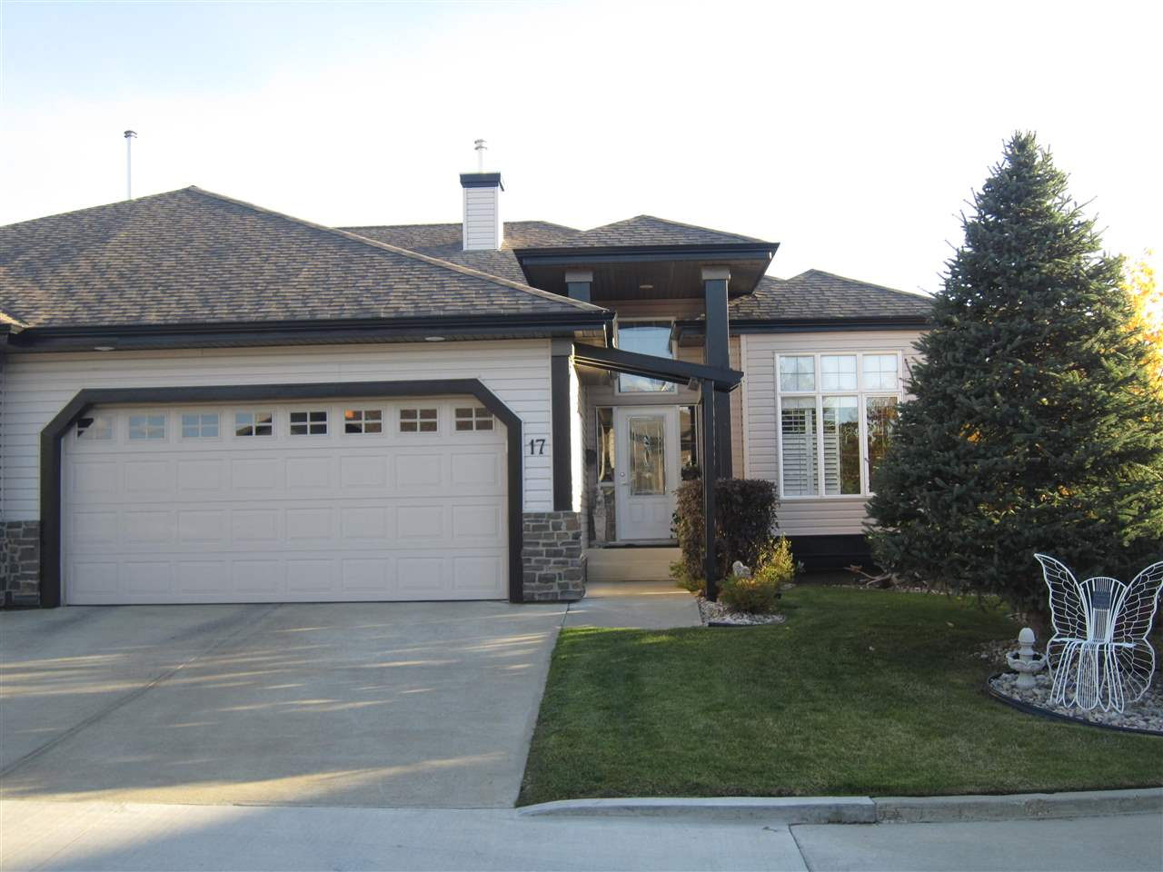 17, 12504 15 Avenue, 3 bed, 3 bath, at $469,900