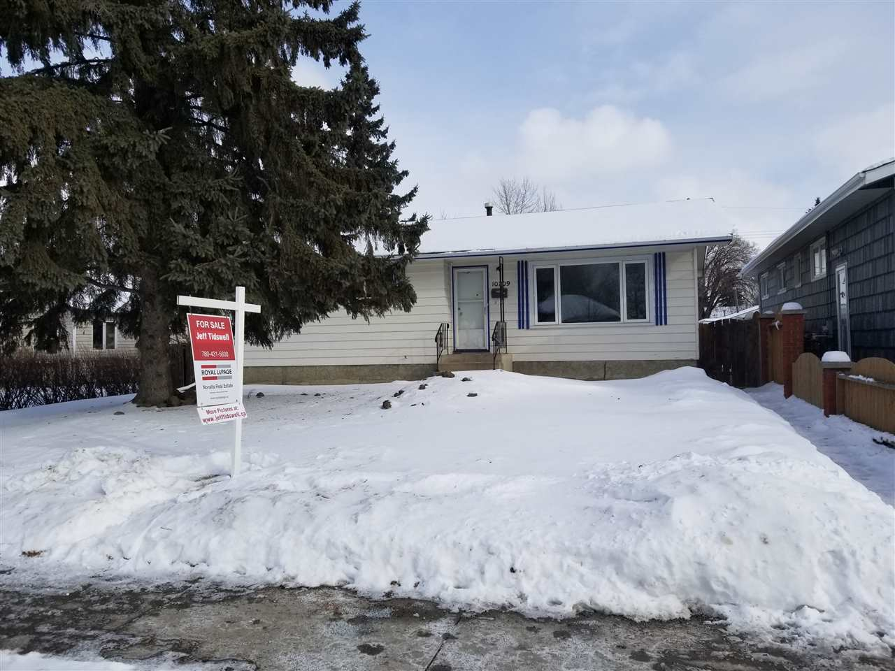 10709 153 Street NW, 3 bed, 1.1 bath, at $339,900