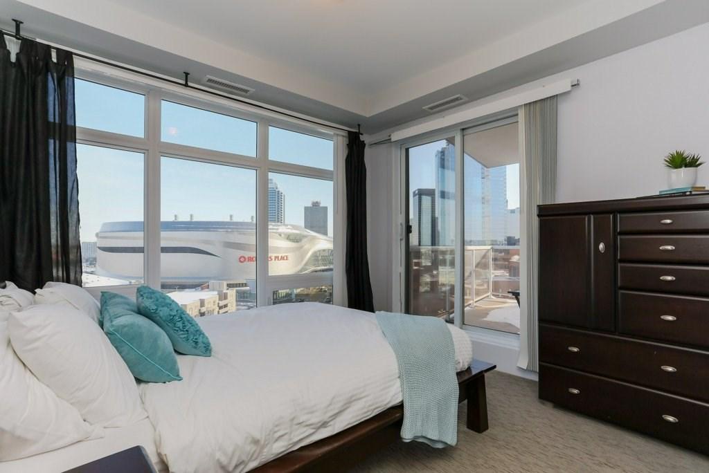 1006 10388 105 Street, 2 bed, 2 bath, at $399,900
