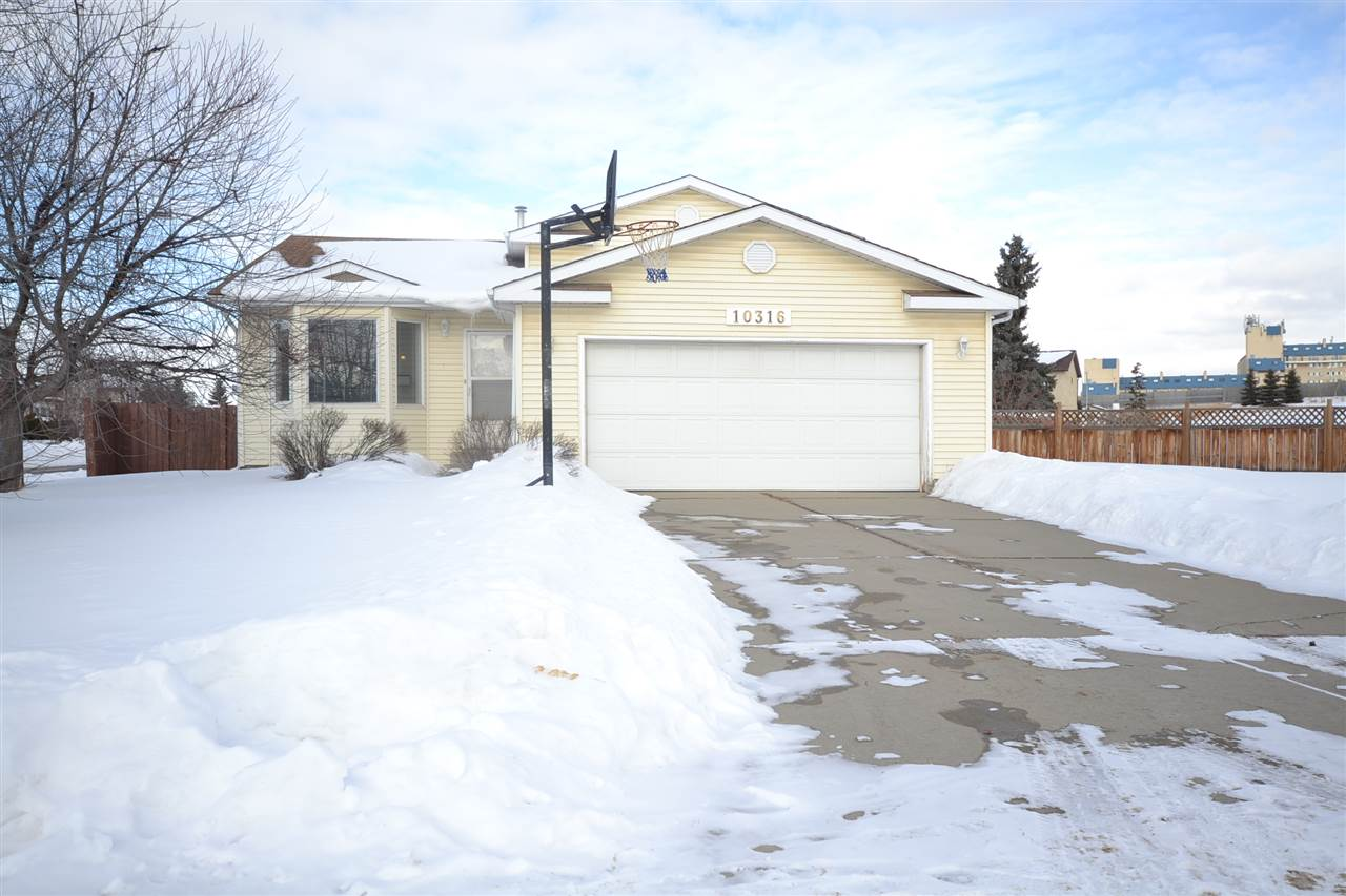 10316 20 Avenue NW, 4 bed, 3 bath, at $388,000