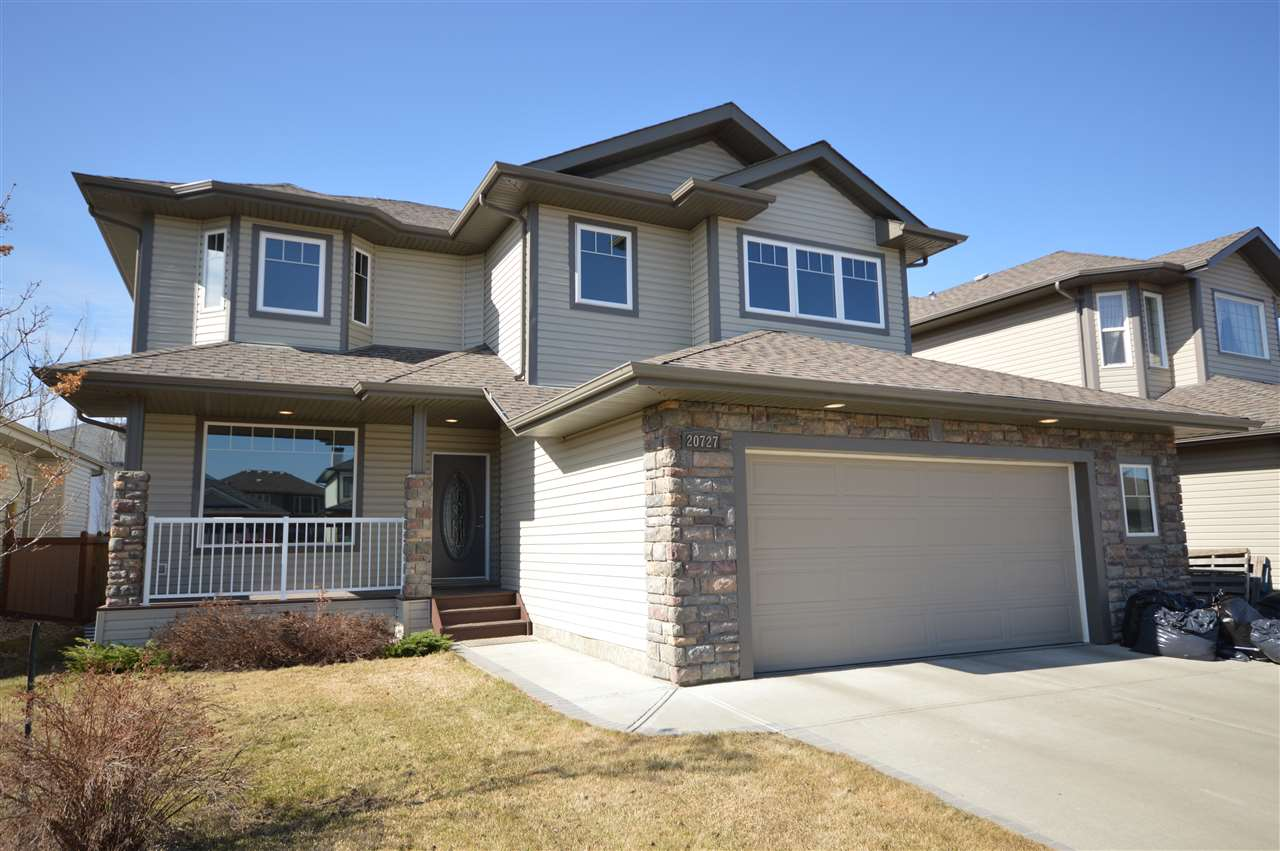 20727 89 Avenue NW, 3 bed, 3.1 bath, at $518,800
