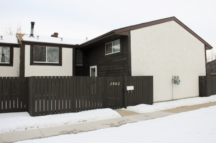 1062 KNOTTWOOD Road, 3 bed, 1.1 bath, at $170,000