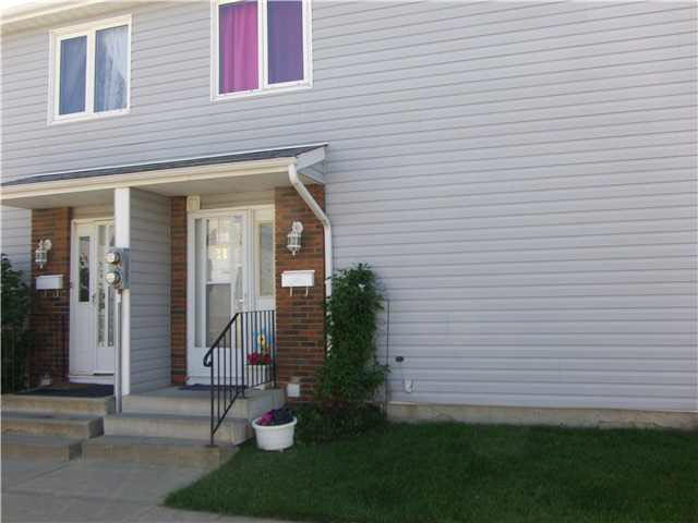 21 AMBERLY Court NW, 3 bed, 1 bath, at $164,999