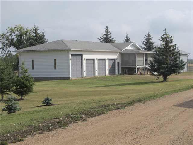 57517 Range Road 220, 3 bed, 2 bath, at $1,599,000