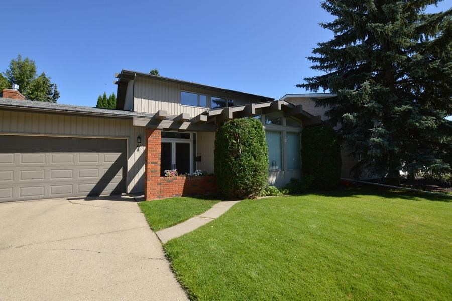7  WESTRIDGE CRES, 4 bed, 3.1 bath, at $554,900