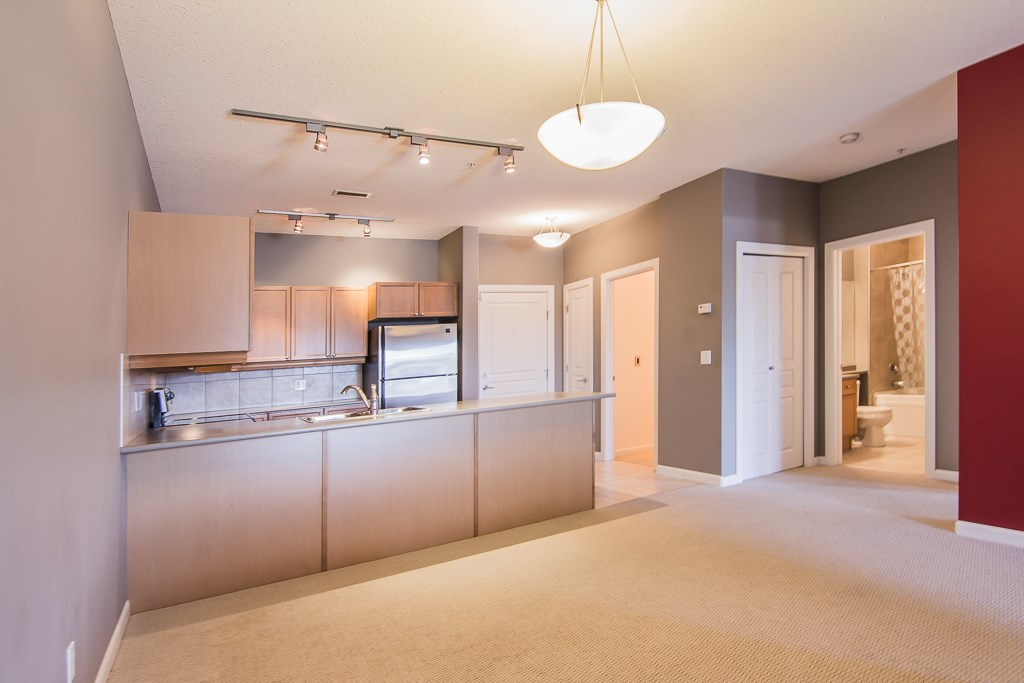 219 160 MAGRATH Road NW, 1 bed, 1 bath, at $239,900