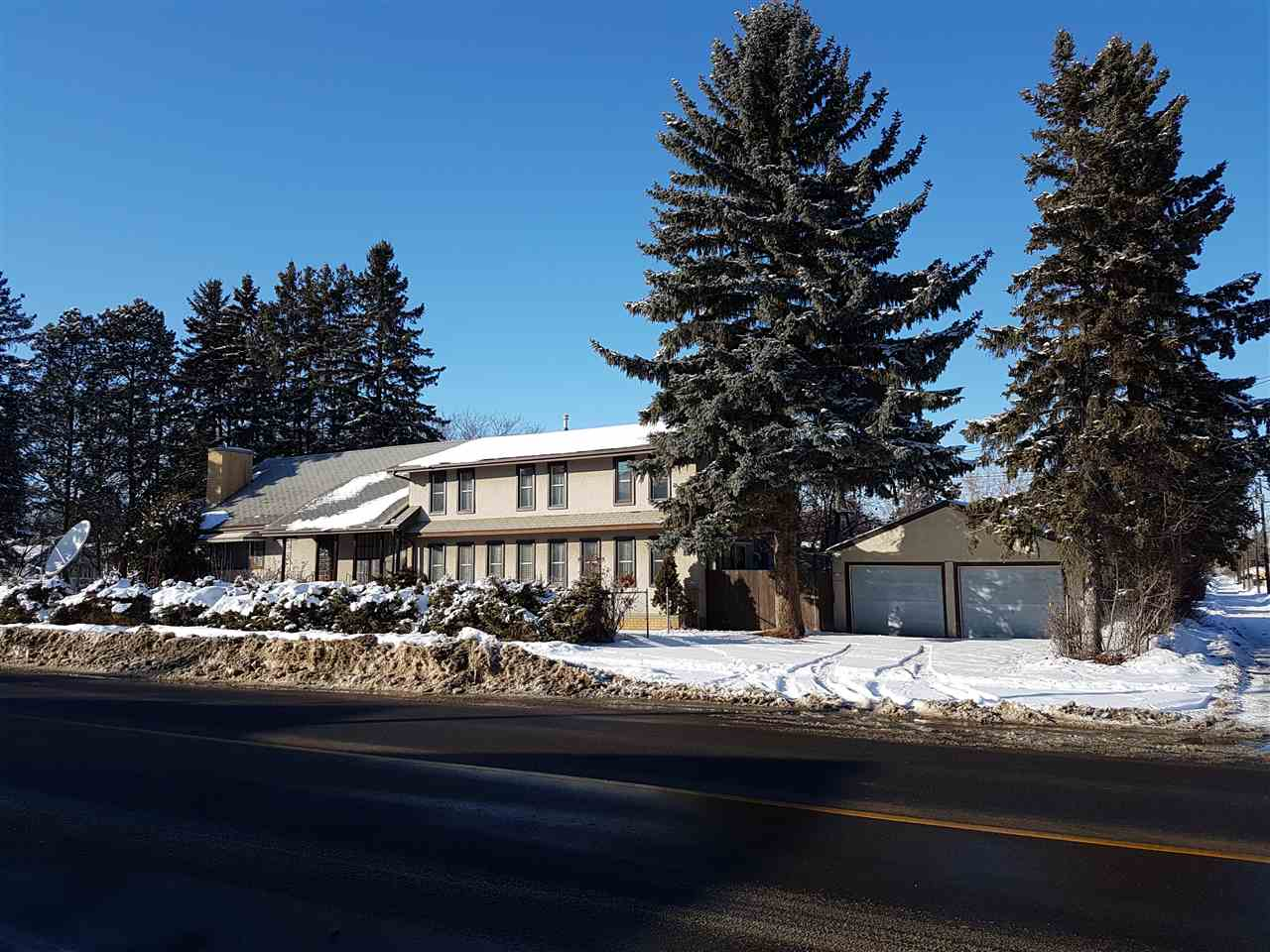 10220 122 Avenue NW, 4 bed, 2 bath, at $389,900