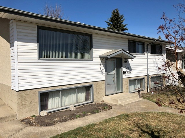 3120 103 Avenue, 4 bed, 1 bath, at $309,900