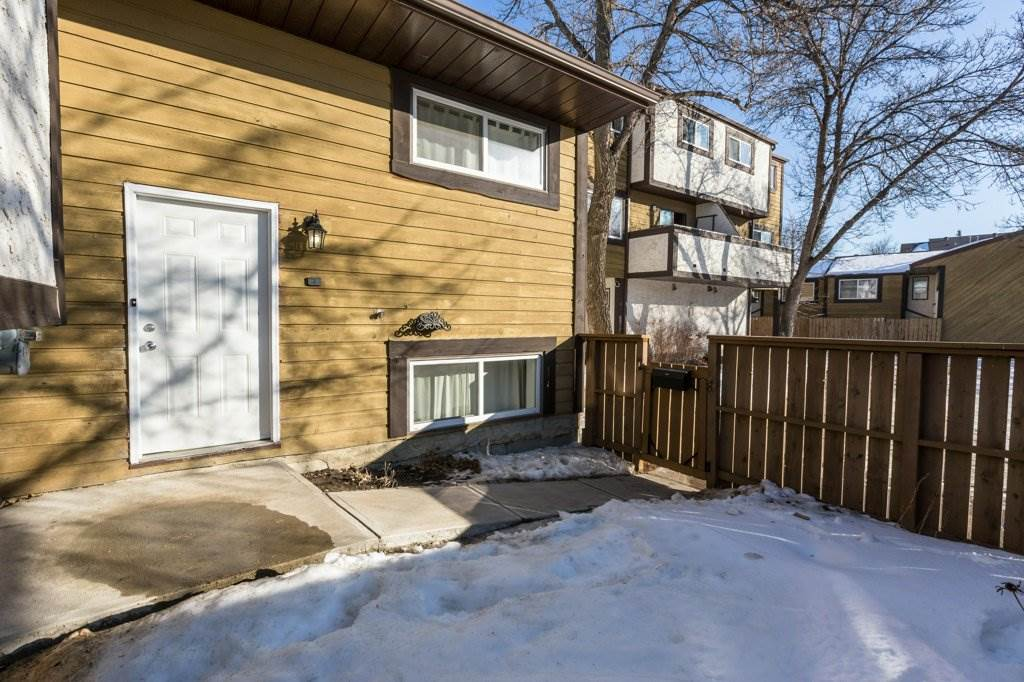 325 WILLOW Court NW, 3 bed, 1.1 bath, at $179,900