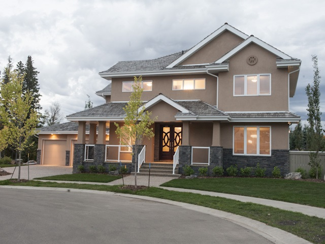 82 WIZE Crest NW, 4 bed, 3.1 bath, at $1,369,000