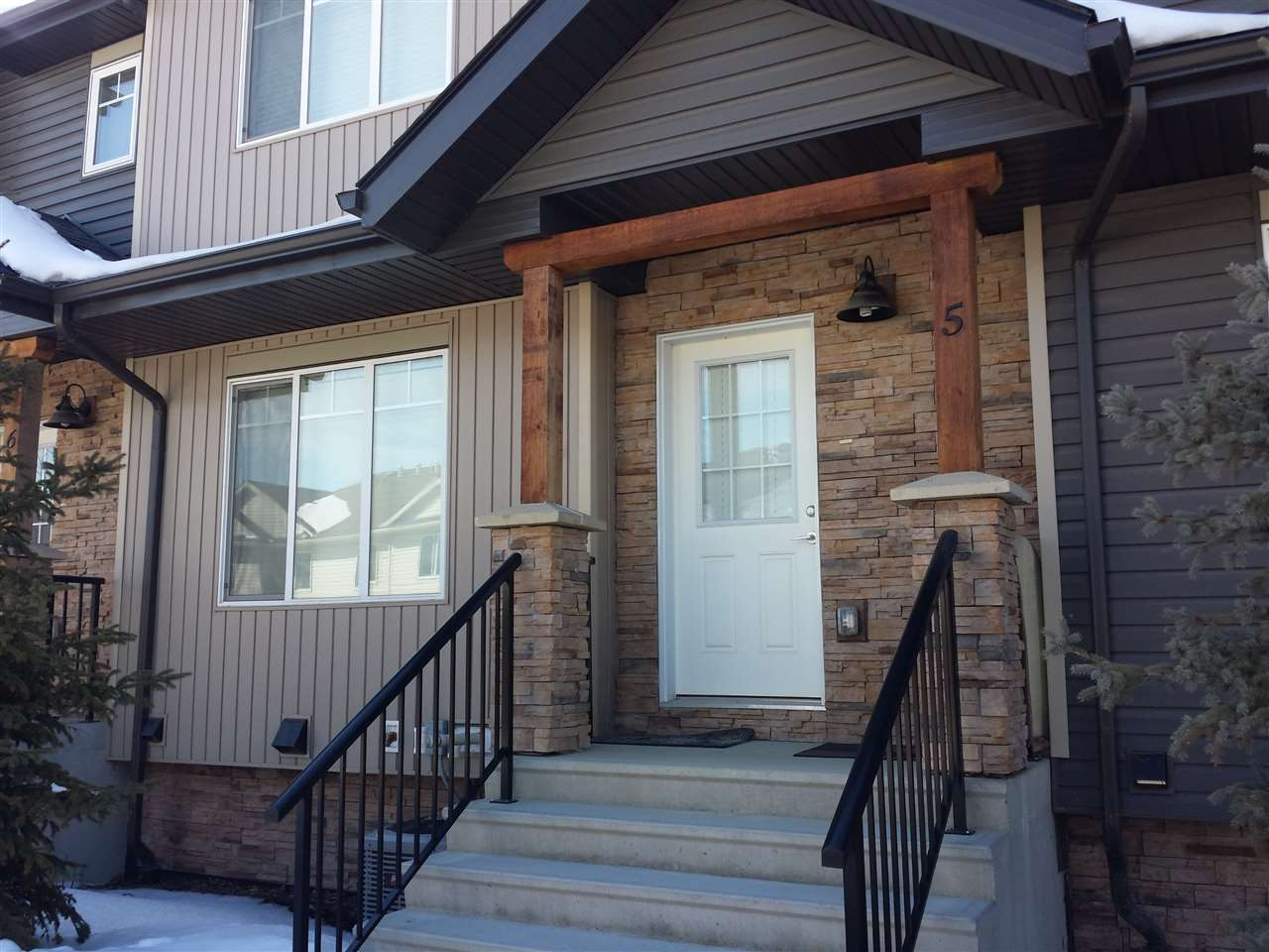 #5, 9515 160 Avenue NW, 2 bed, 2.1 bath, at $349,900