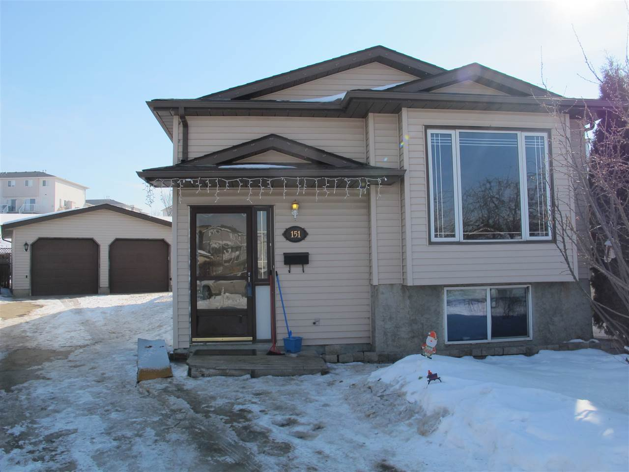 151 HYNDMAN Crescent NW, 4 bed, 2 bath, at $319,900