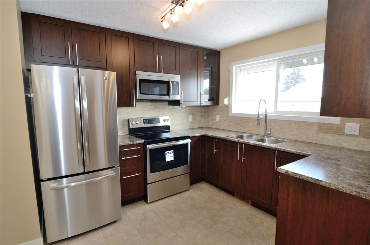 13221 122 Street NW, 3 bed, 2 bath, at $384,900