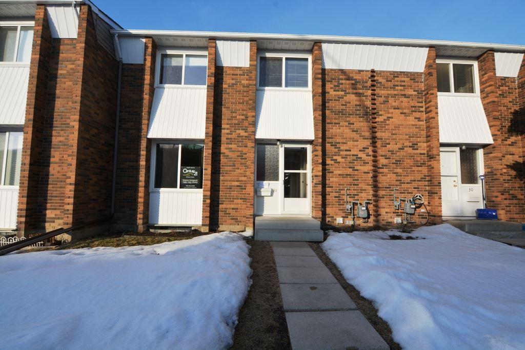 32 RIDGEWOOD Terrace, 3 bed, 1.1 bath, at $209,900