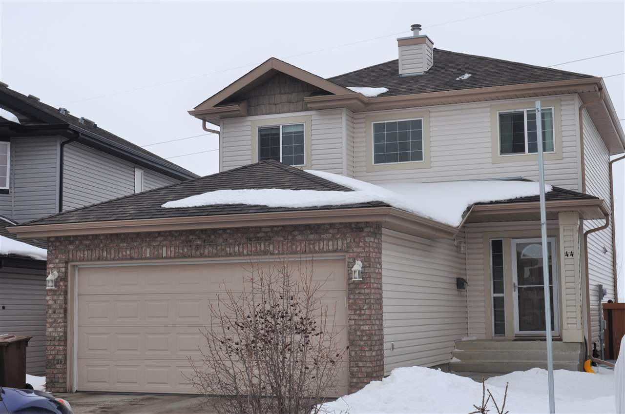44 NAPOLEON Crescent, 4 bed, 3.1 bath, at $419,900