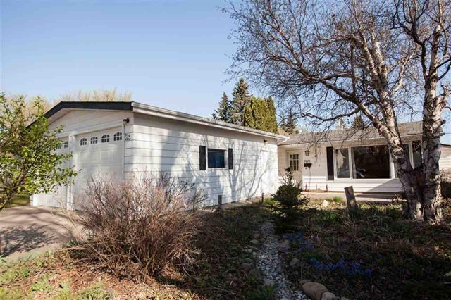9116 65 Avenue NW, 2 bed, 1 bath, at $459,000