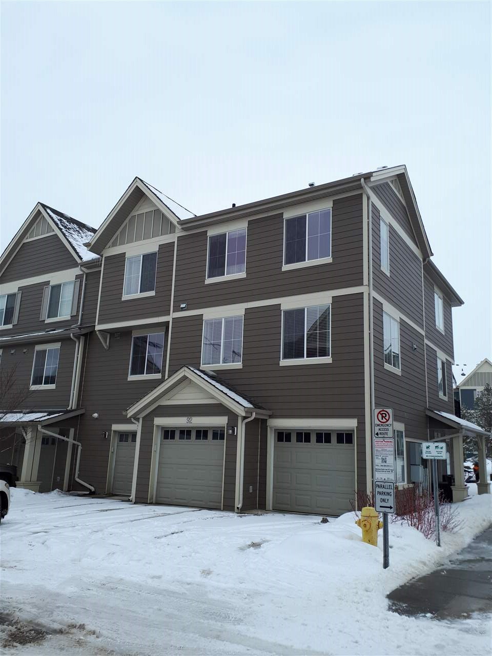 92 603 WATT Boulevard SW, 3 bed, 2.1 bath, at $289,000