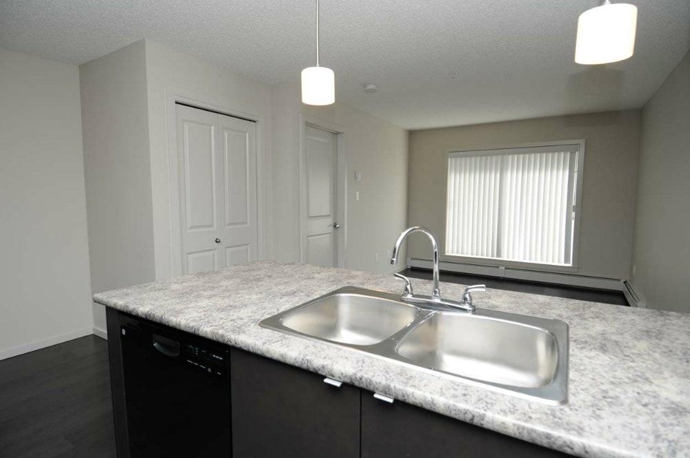 234 344 WINDERMERE Road, 1 bed, 2 bath, at $179,900