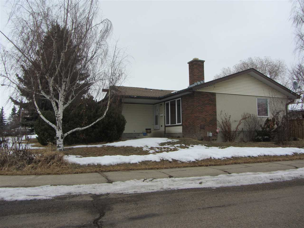 10804 168 Avenue NW, 4 bed, 3 bath, at $385,000