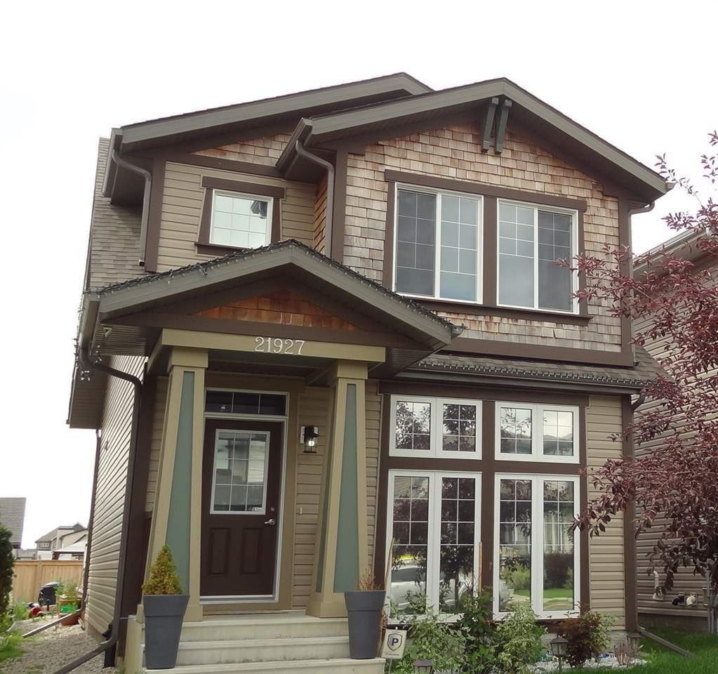21927 99 Avenue NW, 3 bed, 2.1 bath, at $335,000