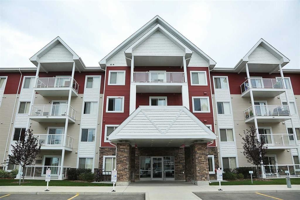 305 2203 44 Avenue NW, 2 bed, 2.1 bath, at $224,900