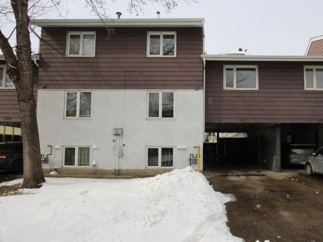 239 Callingwood Two NW, 3 bed, 1 bath, at $205,900