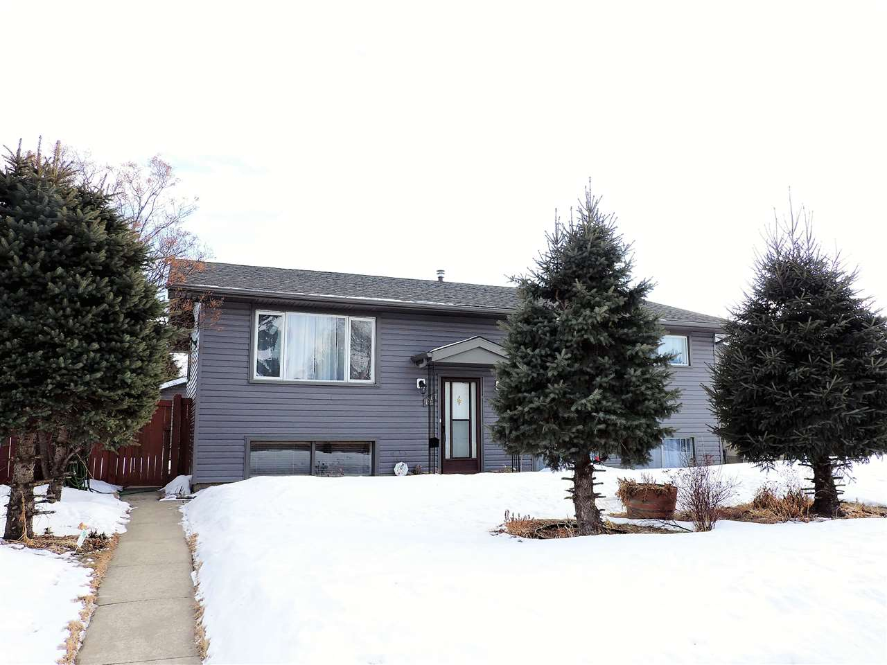 7307 149A Avenue NW, 5 bed, 2 bath, at $327,000