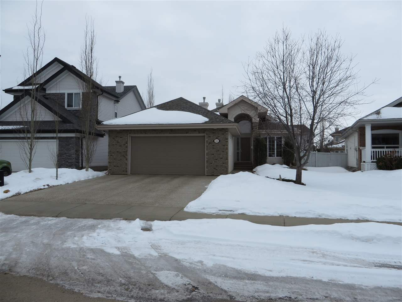266 GALLAND Close, 3 bed, 3 bath, at $560,000