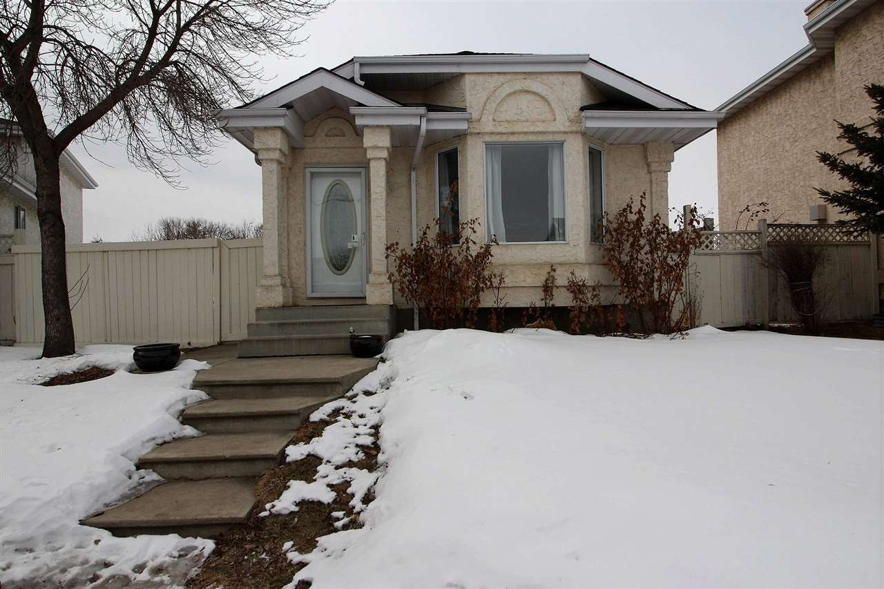 157 RIVER Point(e) NW, 3 bed, 2 bath, at $322,000