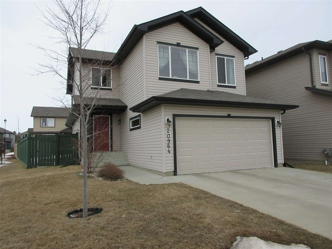 20964 96 Avenue NW, 3 bed, 2.2 bath, at $459,900