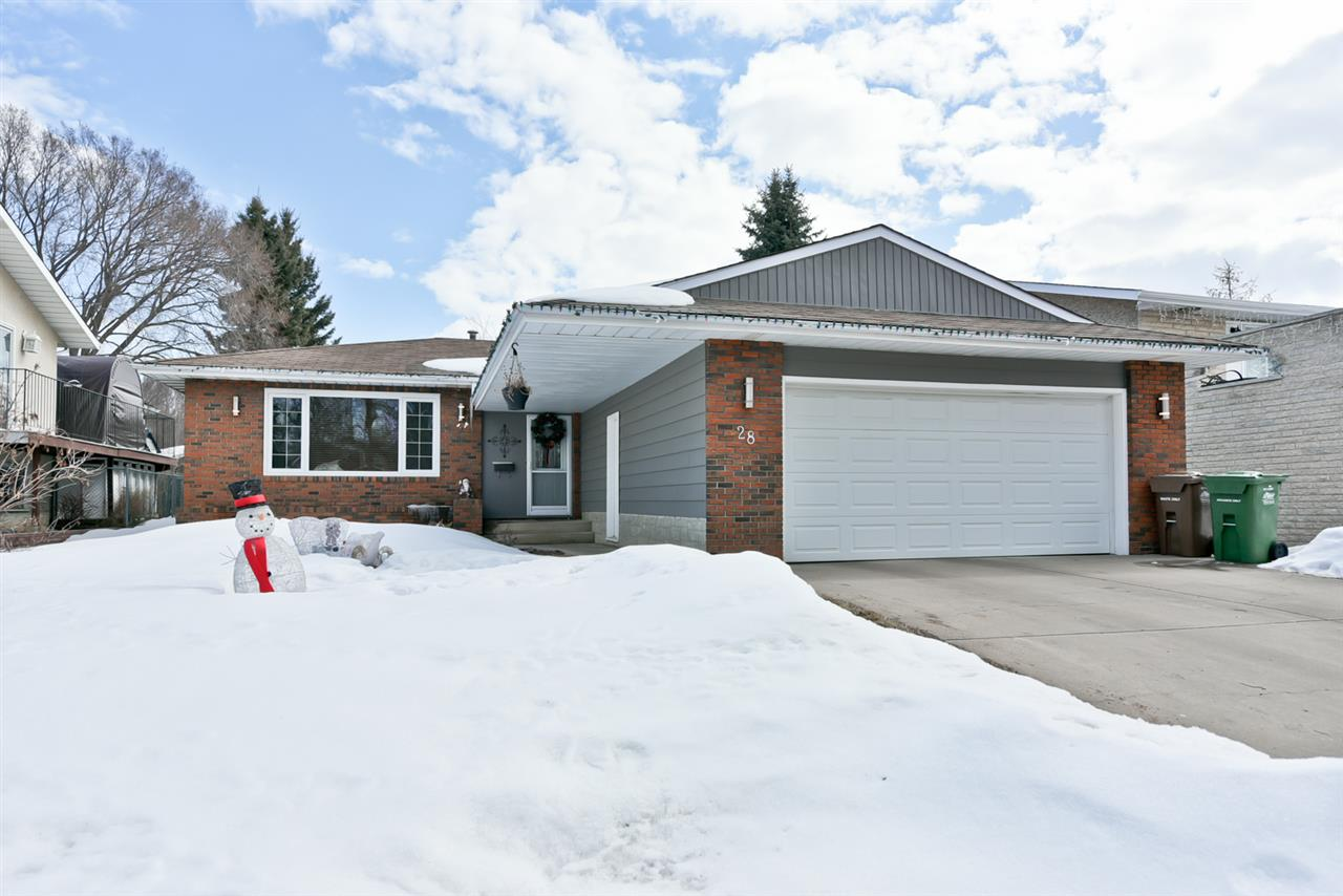 28 Flagstone Crescent, 4 bed, 2.1 bath, at $439,800