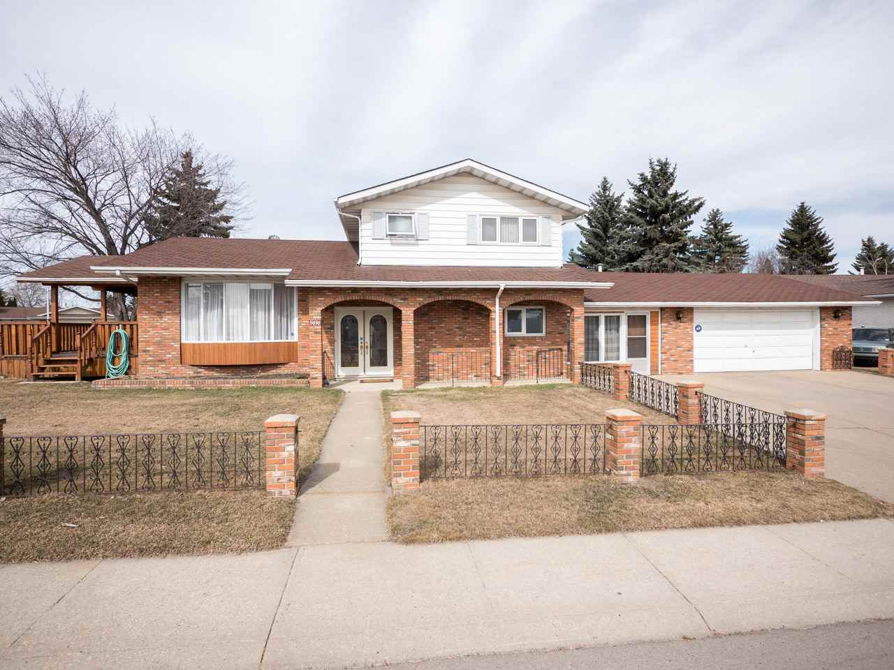 5616 150 Avenue NW, 4 bed, 2.2 bath, at $399,900
