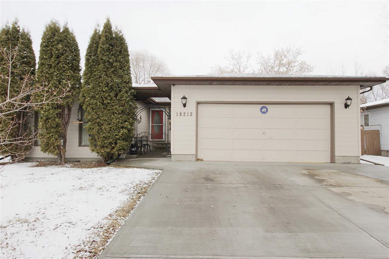18212 74 Avenue NW, 4 bed, 2.1 bath, at $445,900