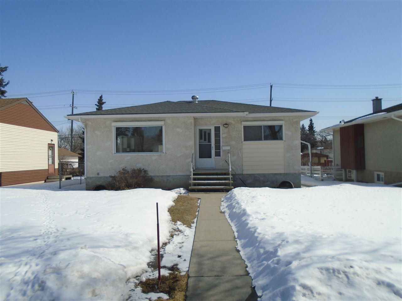 12135 128 Street NW, 3 bed, 1.1 bath, at $303,900