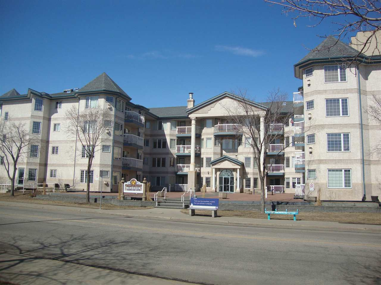308 13450 114 Avenue NW, 2 bed, 1 bath, at $219,800