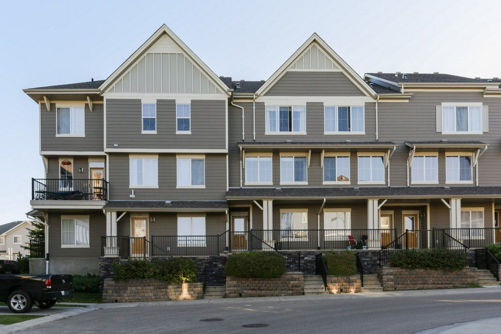 13 603 WATT Boulevard, 2 bed, 2.1 bath, at $255,000