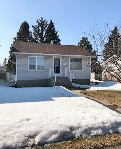 10318 159 Street NW, 3 bed, 2 bath, at $319,900