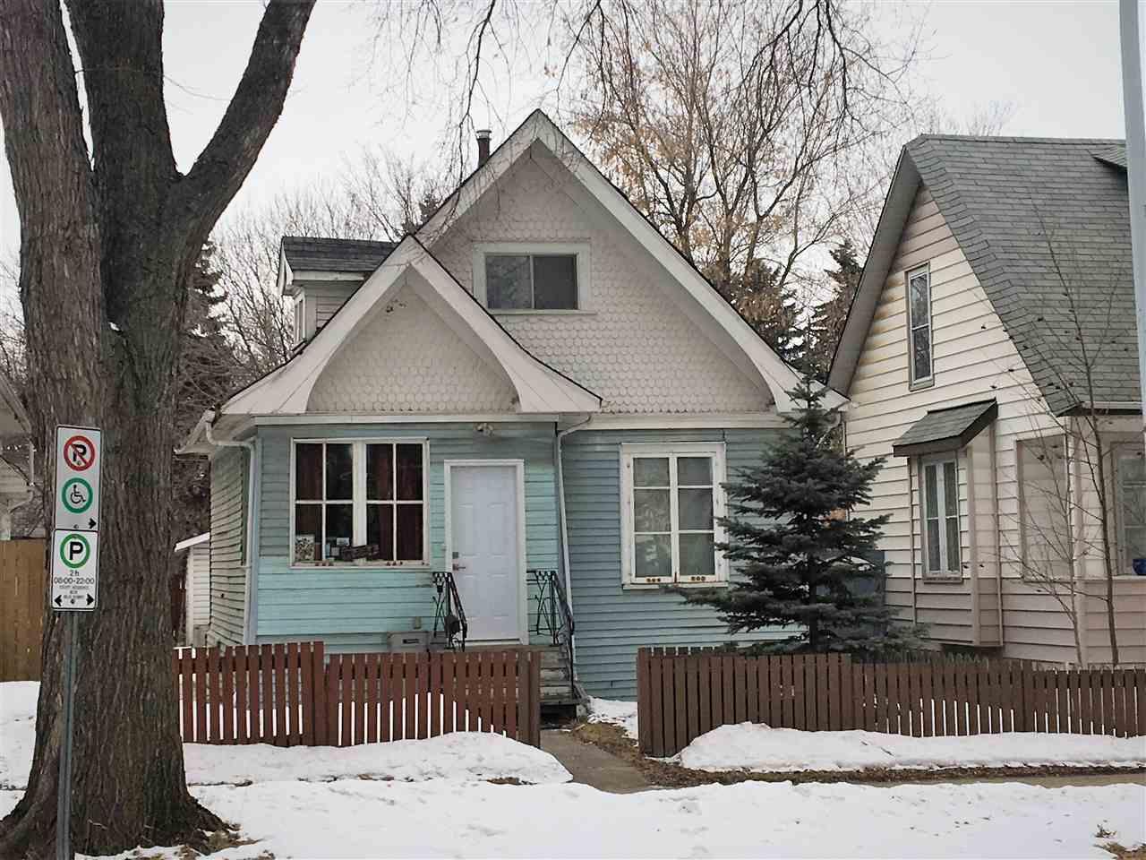 11836 78 Street NW, 2 bed, 1 bath, at $170,000