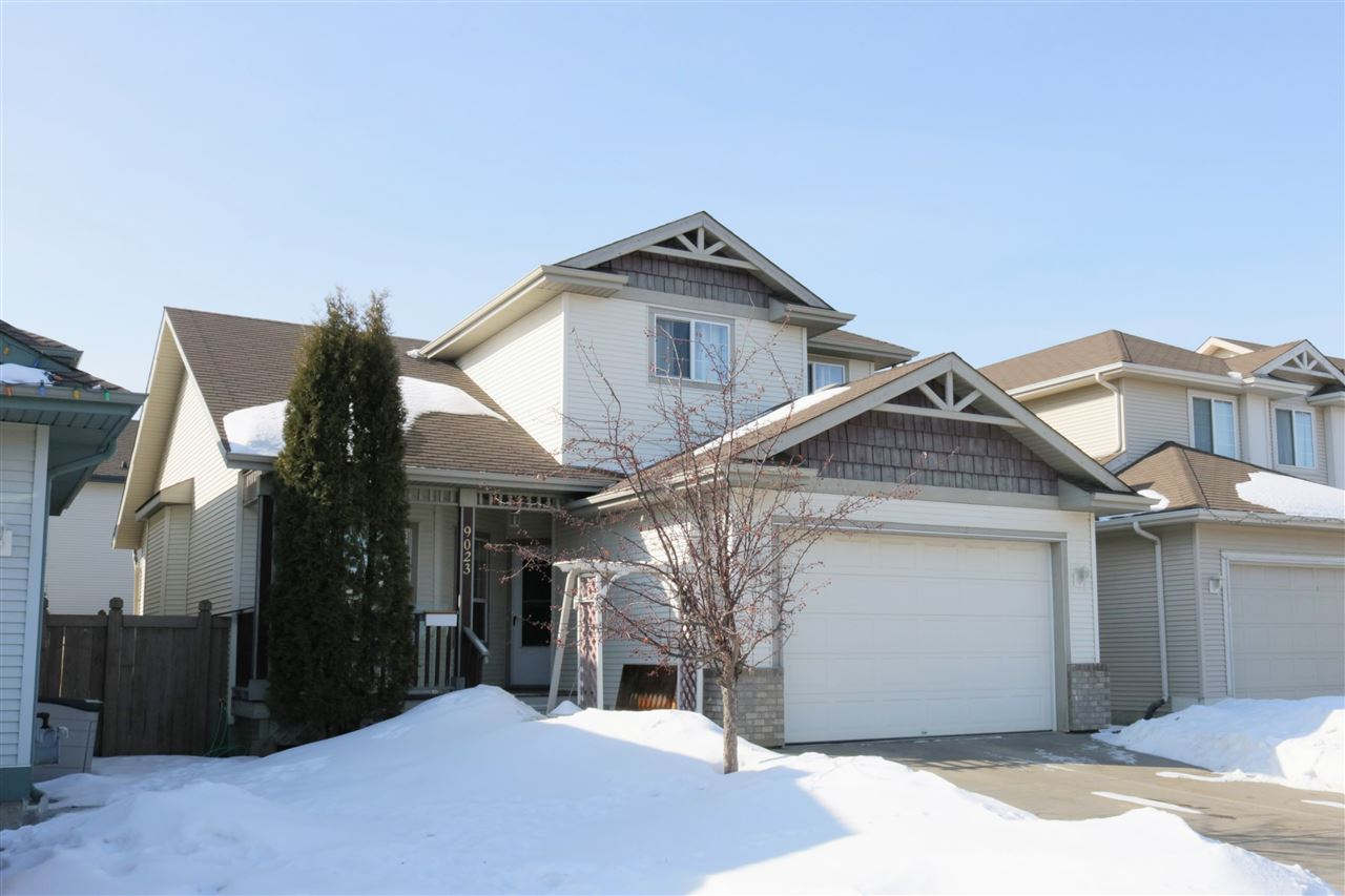 9023 165 Avenue NW, 3 bed, 2.1 bath, at $399,900