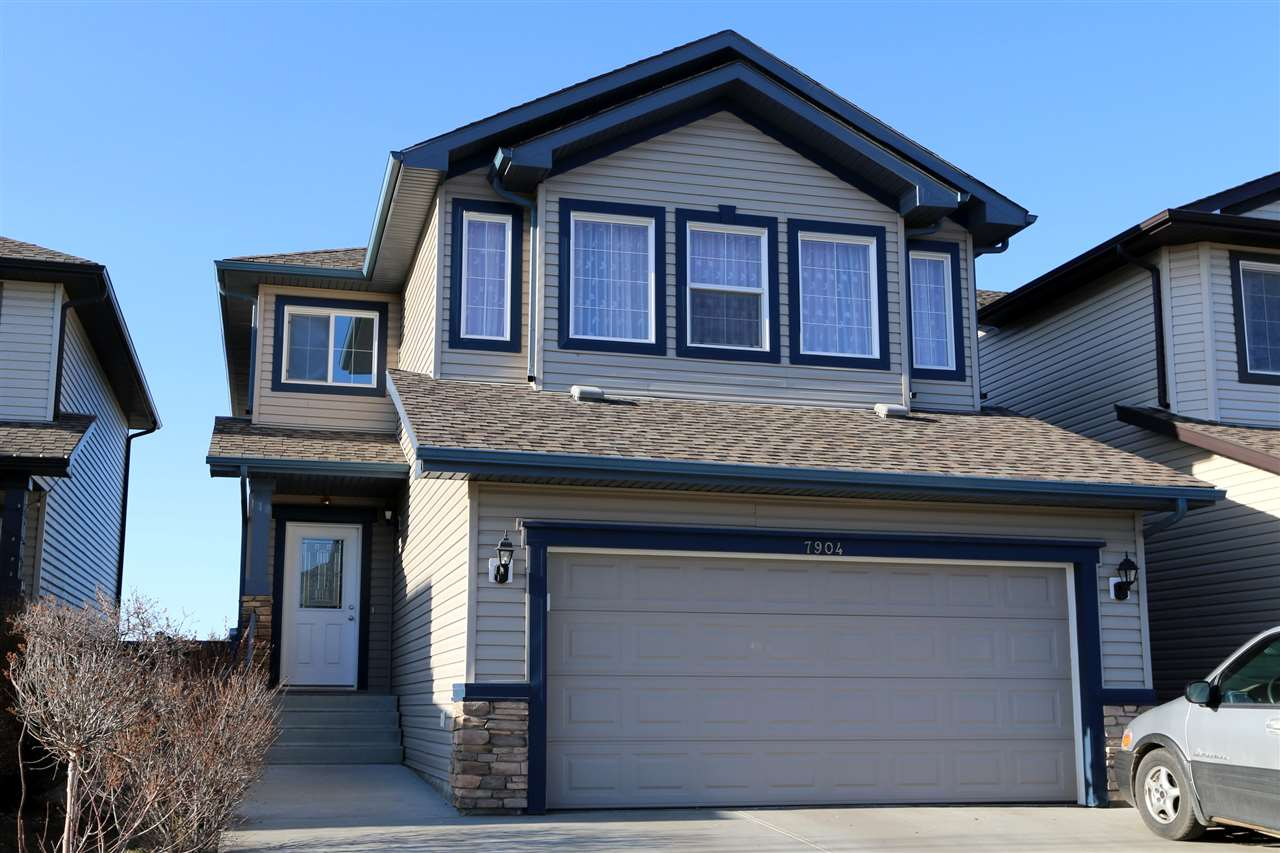 7904 173 Avenue NW, 5 bed, 3.1 bath, at $475,900