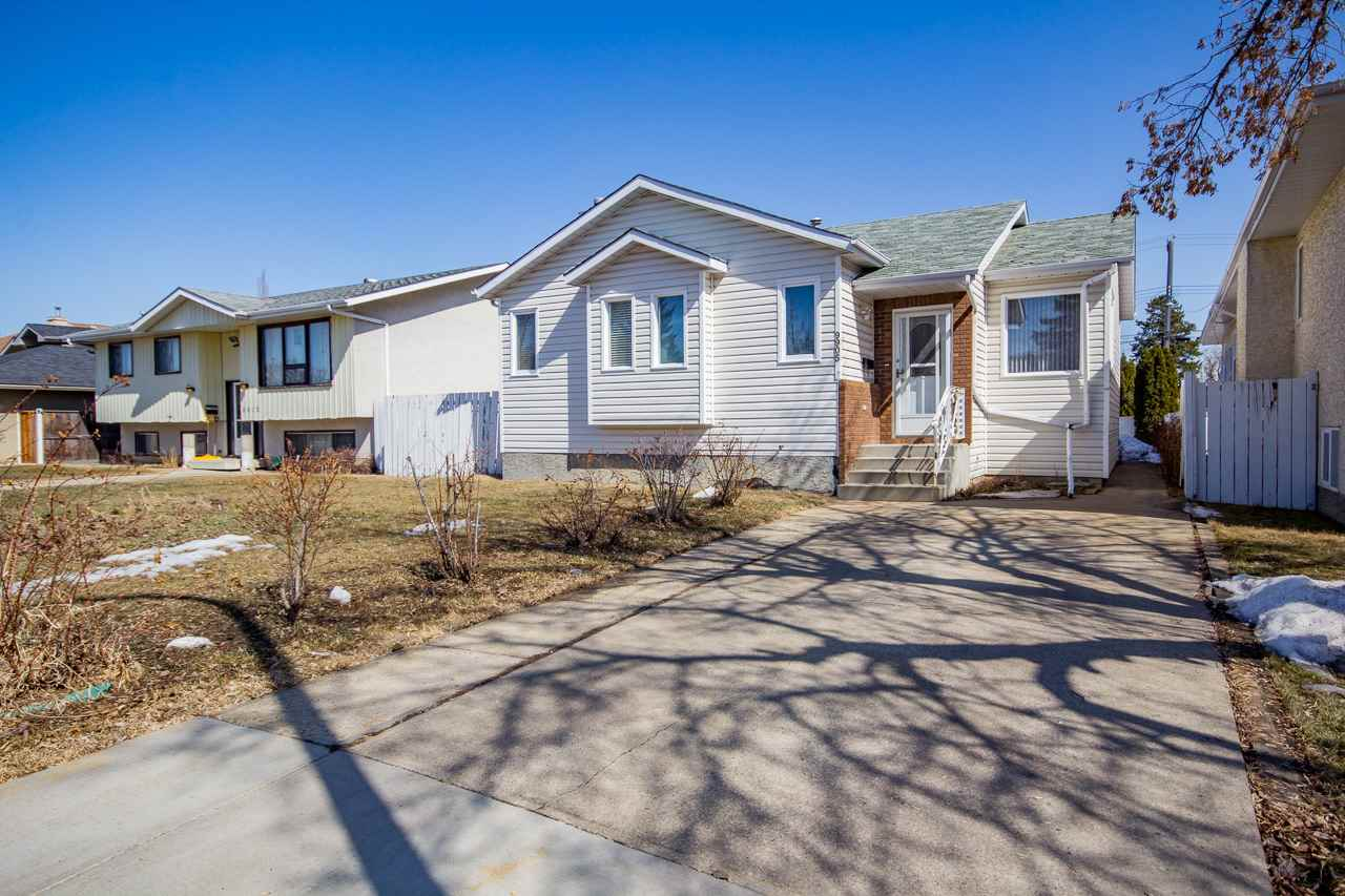 9905 154 Street NW, 3 bed, 2 bath, at $369,500