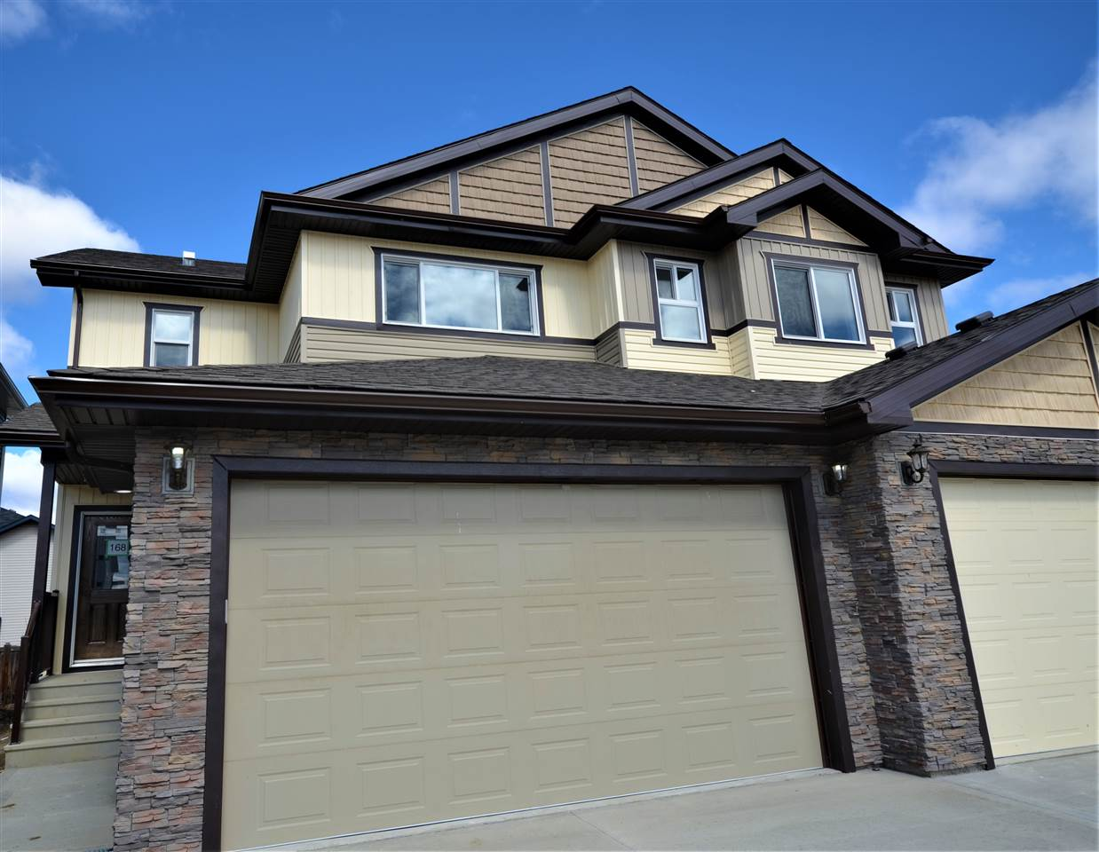168 Spruce Gardens Crescent, 3 bed, 2.1 bath, at $344,900
