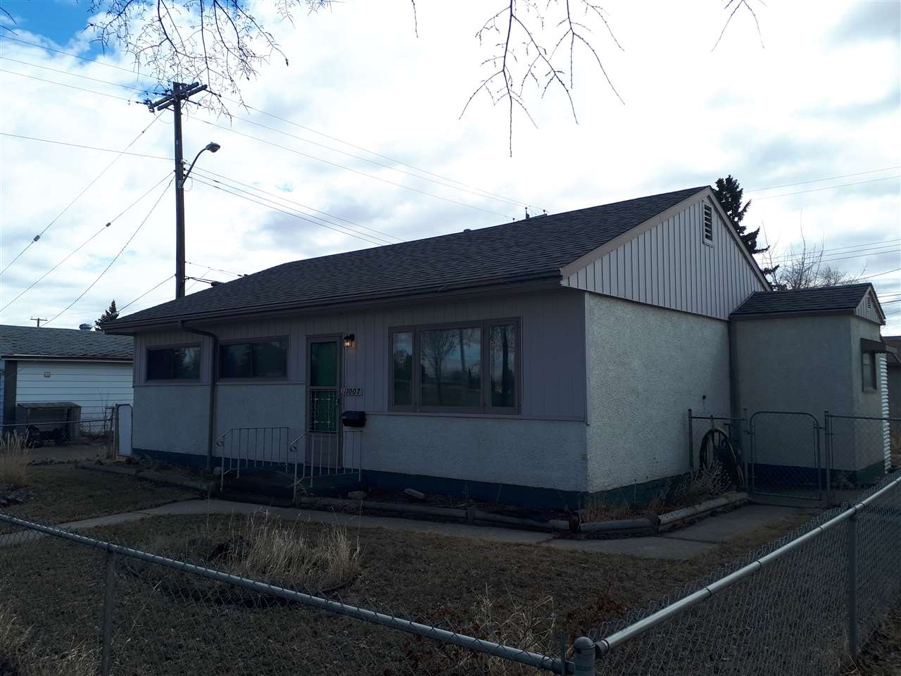13007 129 Avenue NW, 2 bed, 1 bath, at $249,900