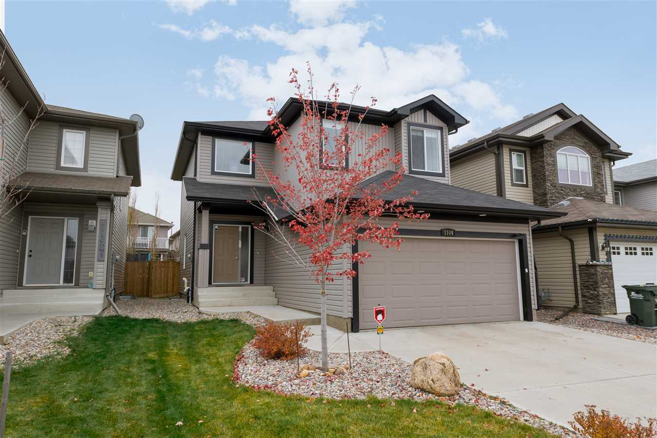 1104 FOXWOOD Crescent, 3 bed, 2.2 bath, at $436,000